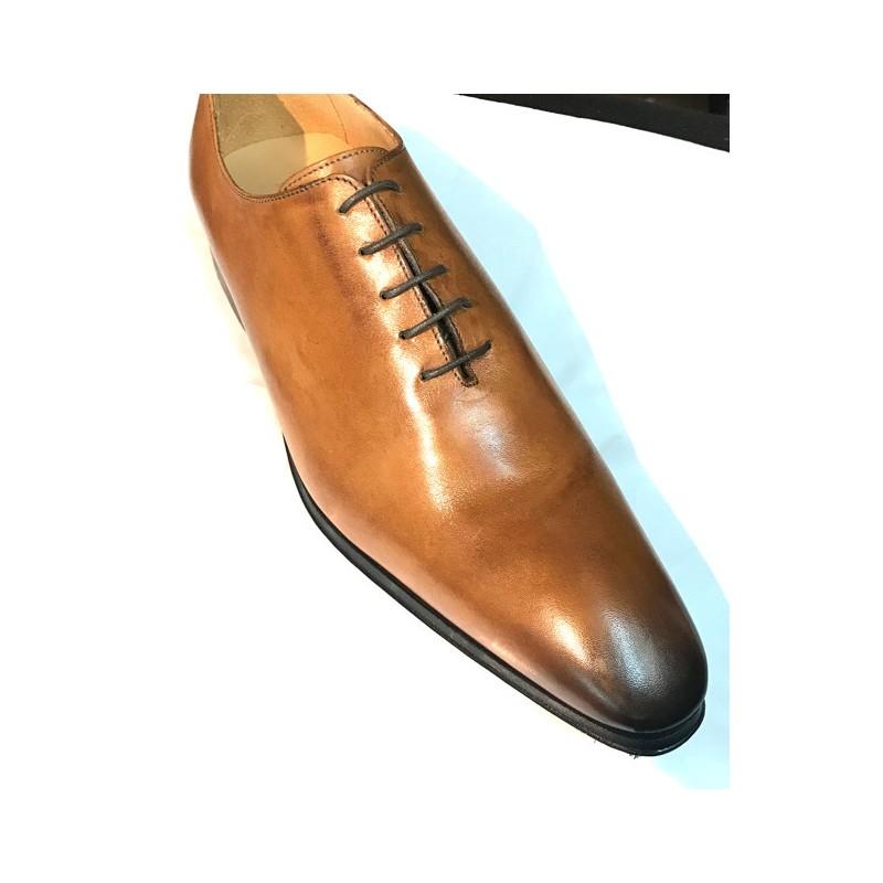 Chaussure homme classique camel en cuir fabriqué en Italie