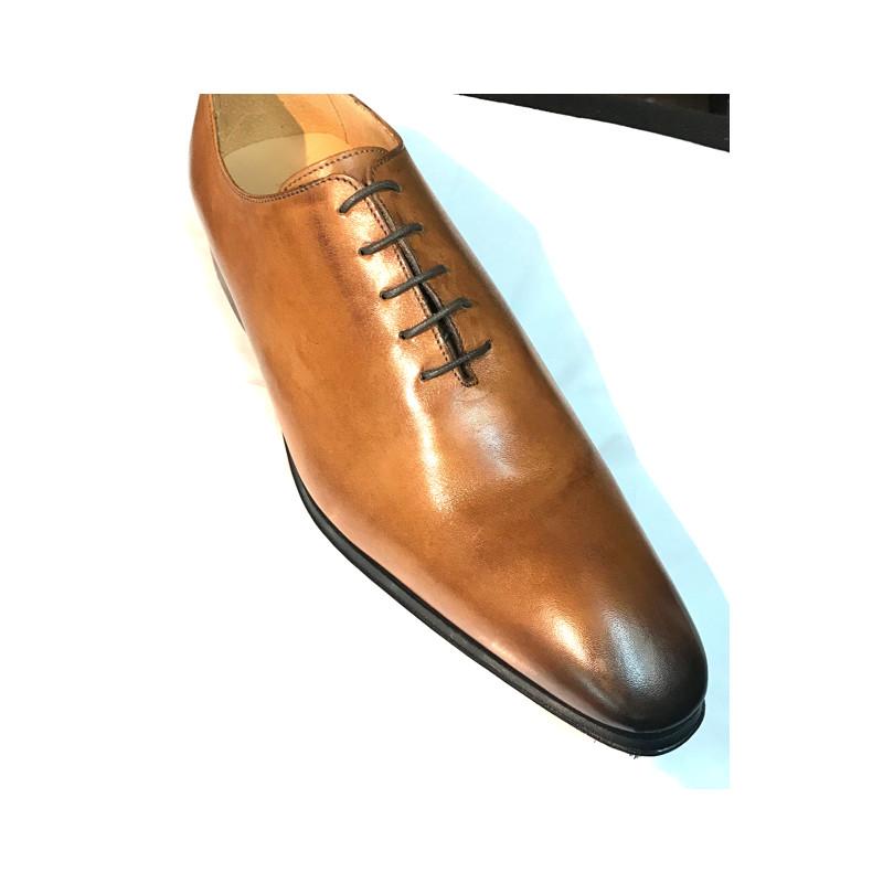 chaussure en cuir camel fabriqué en Italie